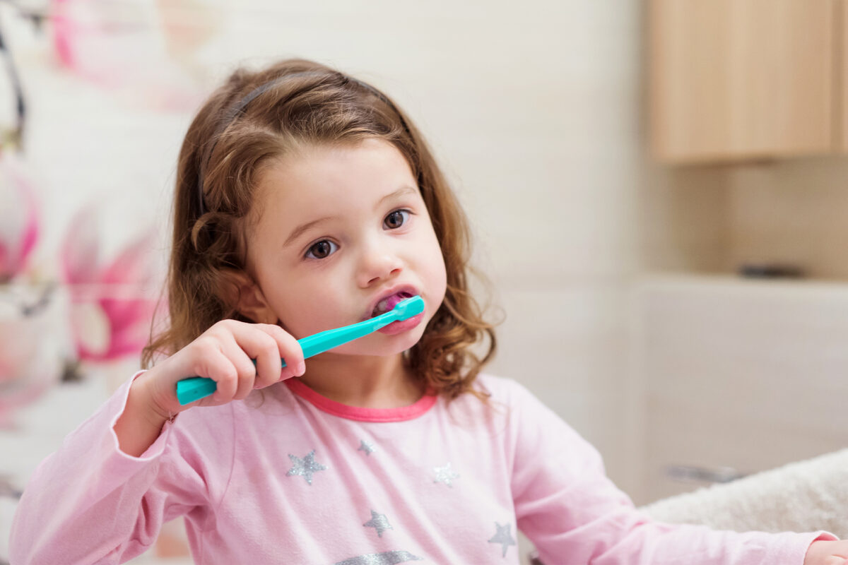 Učite djecu pravilnom pranju zubi